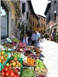 Fruit & Vegetables Shop in Tuscany
